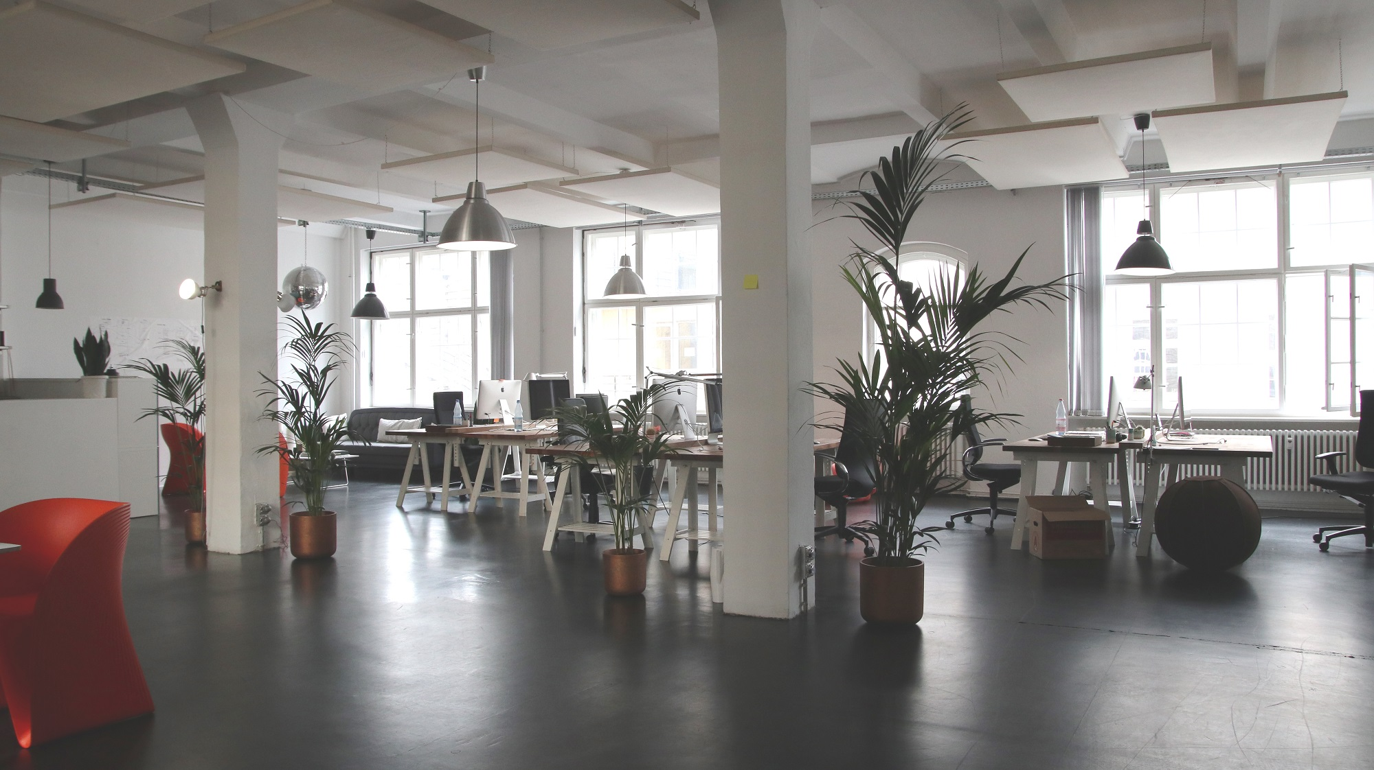 Welke soorten vloeren zijn geschikt voor een kantoorpand?