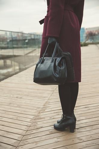 Waar moet een business tas aan voldoen
