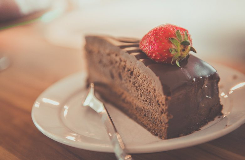 Welke taarten staan mooi in een koelvitrine?